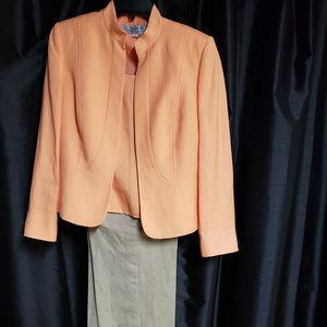 Tahari Arthur S. Levine size 6 tan/peach 3 piece